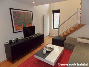 Enjoy Your Stay In This Stylish 1 Bedroom Apartment In The Popular Upper East Side Of Manhattan Th Furnished Apartment Comfortable Bedroom New York Apartments