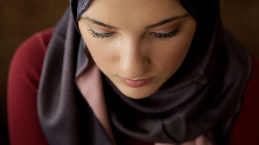 Husband Doesnt Allow Me to Wear the Hijab | About Islam