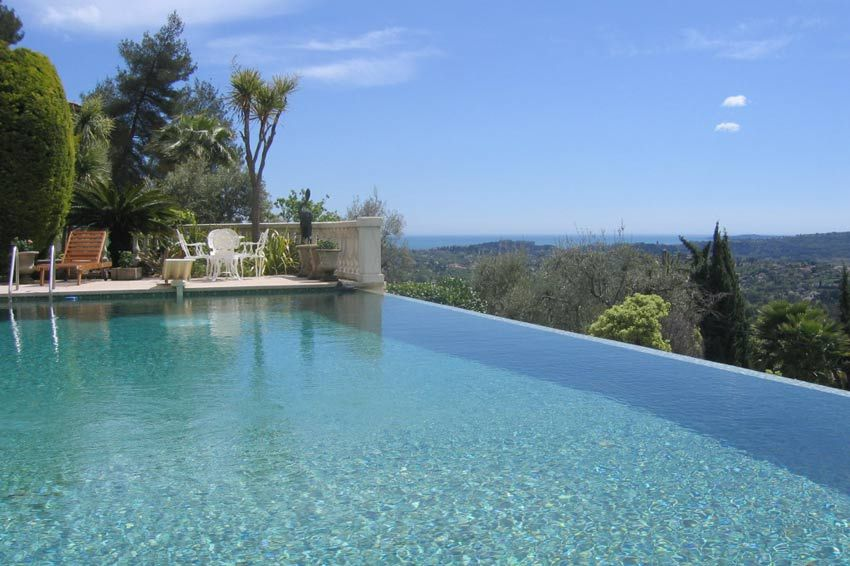 Infinity pool with sea view, Provence, Côte d\'Azur. | 内庭 ...