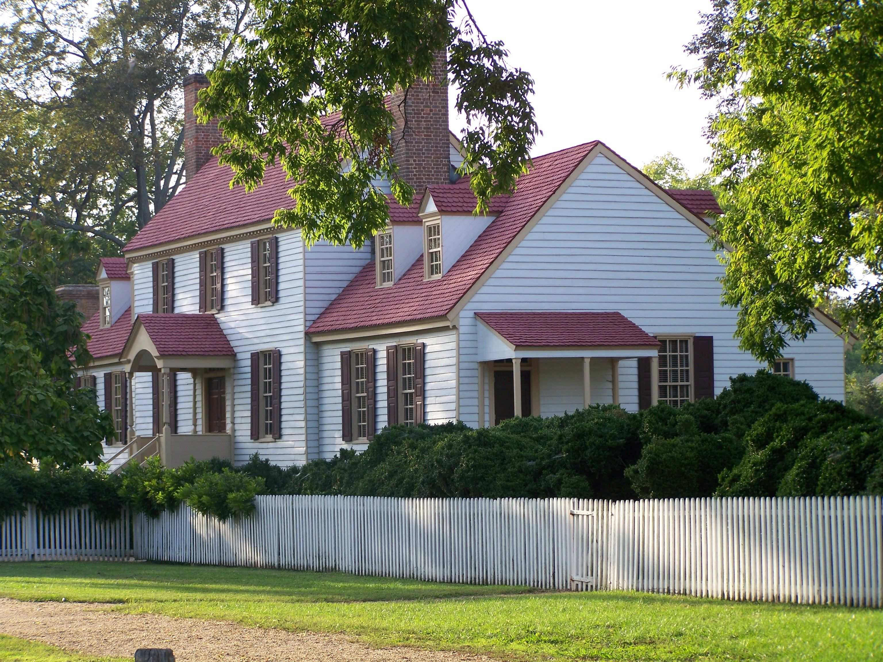 The homes in Colonial Williamsburg VA Colonial