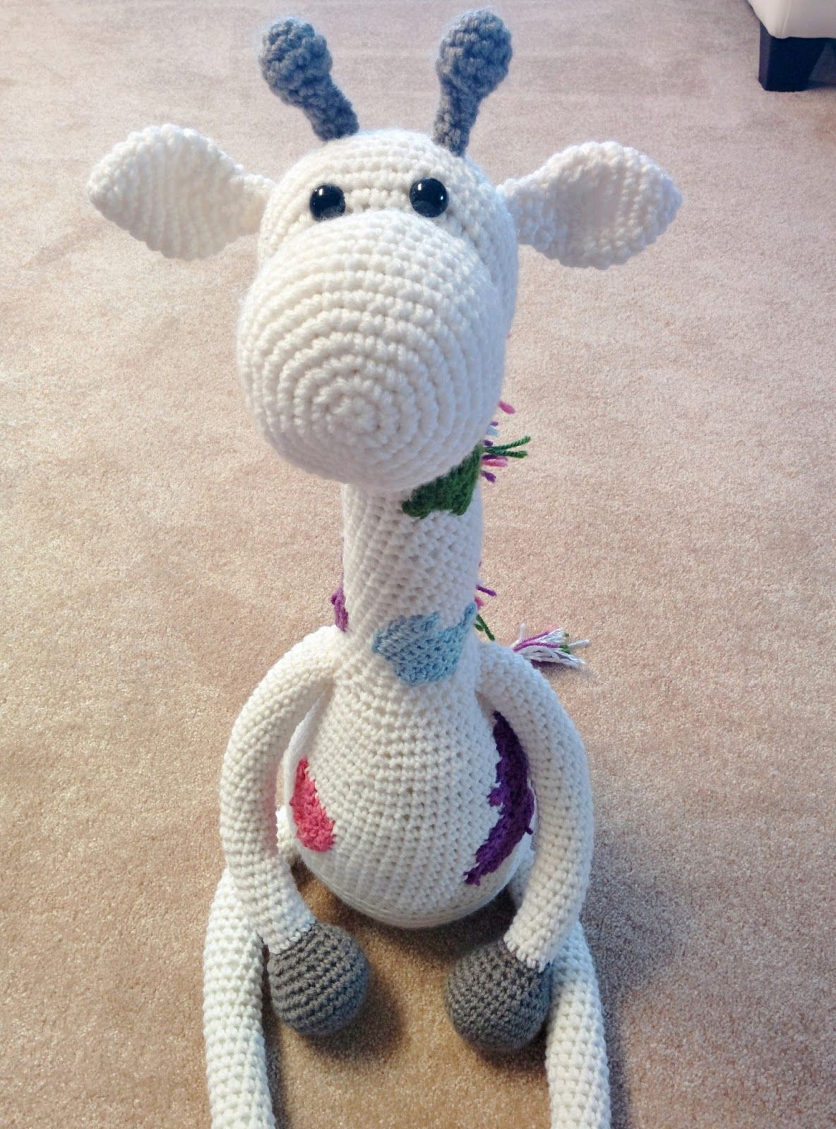 ShehlaGrr: FREE Crochet Giraffe Pattern 2.0 | Amigurumi | Pinterest ...