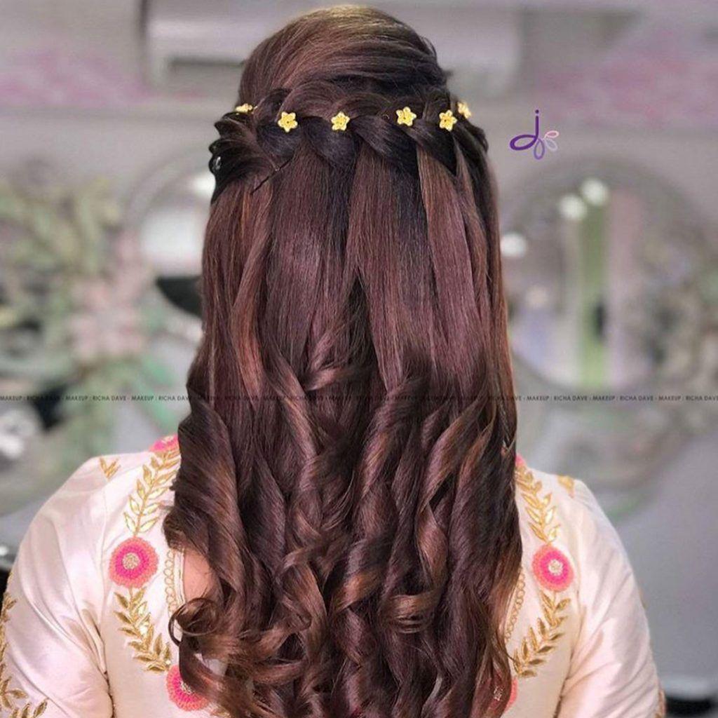 25+ pre-wedding hairstyles for mehndi haldi or more