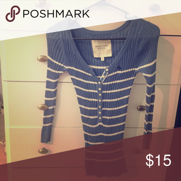 Long sleeve button down Half button down sweater. Like new, soft Abercrombie & Fitch Tops Tees - Long Sleeve