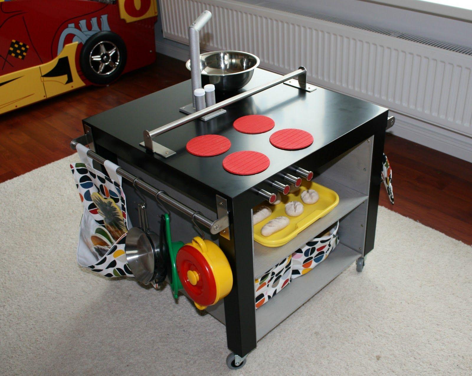 selbstgebastelte Spiel-Küche | vk bau | Pinterest | Spiel, Küche und ...