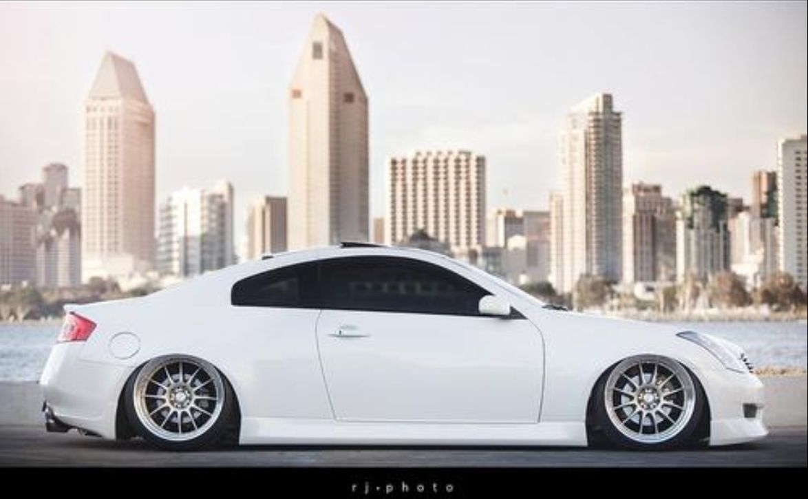 Infiniti G35 Coupe The Stance On This Car My God Its Beautiful Slammed Cars Dream Cars Infiniti G37