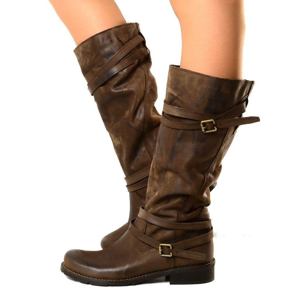 Pin su stivali da donna