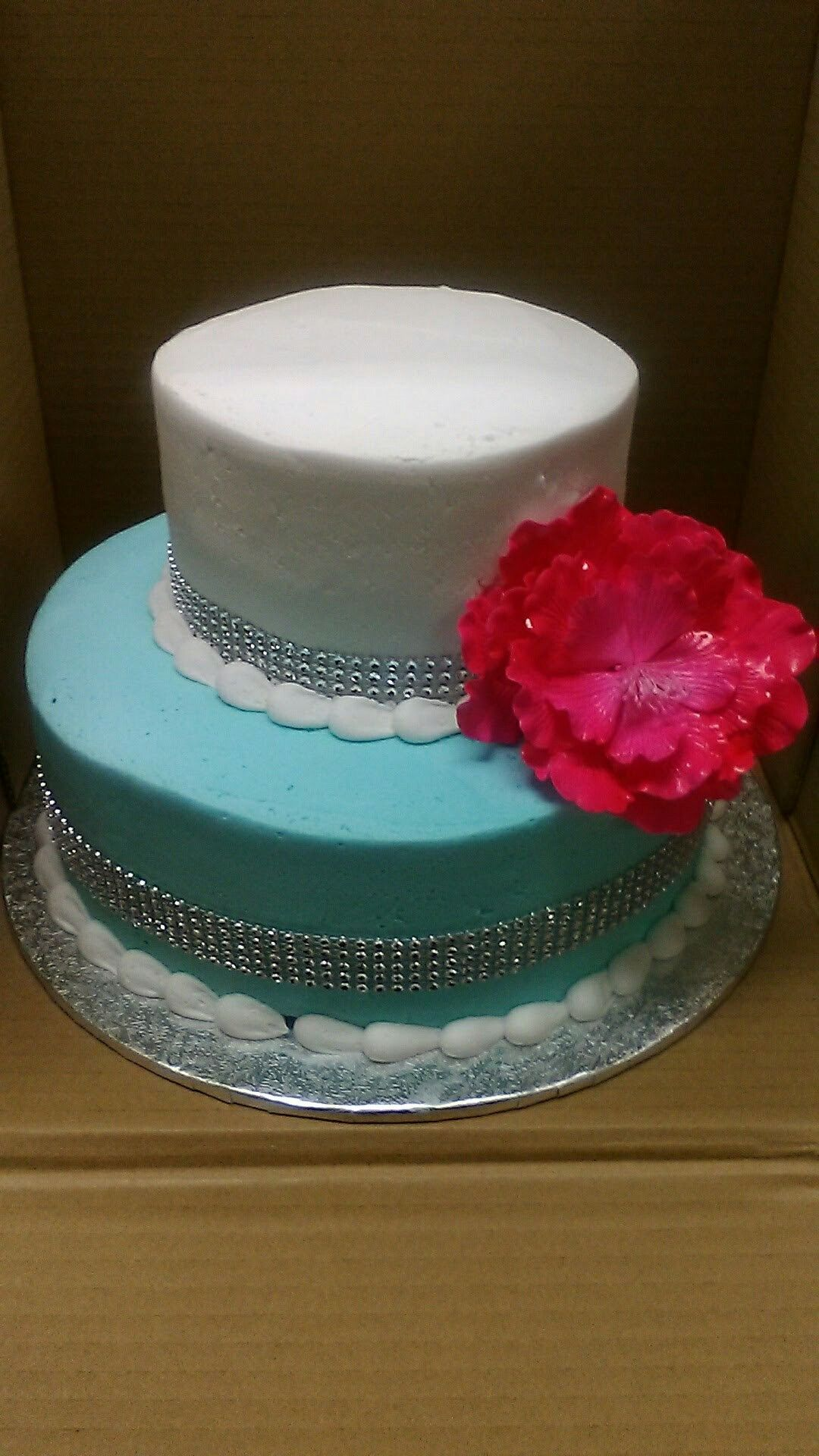 2 Tier Wedding Cake Walmart : wedding, walmart, Walmart, Cakes, Buttercream, Icing, Light, White, Rhinestones, Glamorous, Bling, Cakes,, Tiered