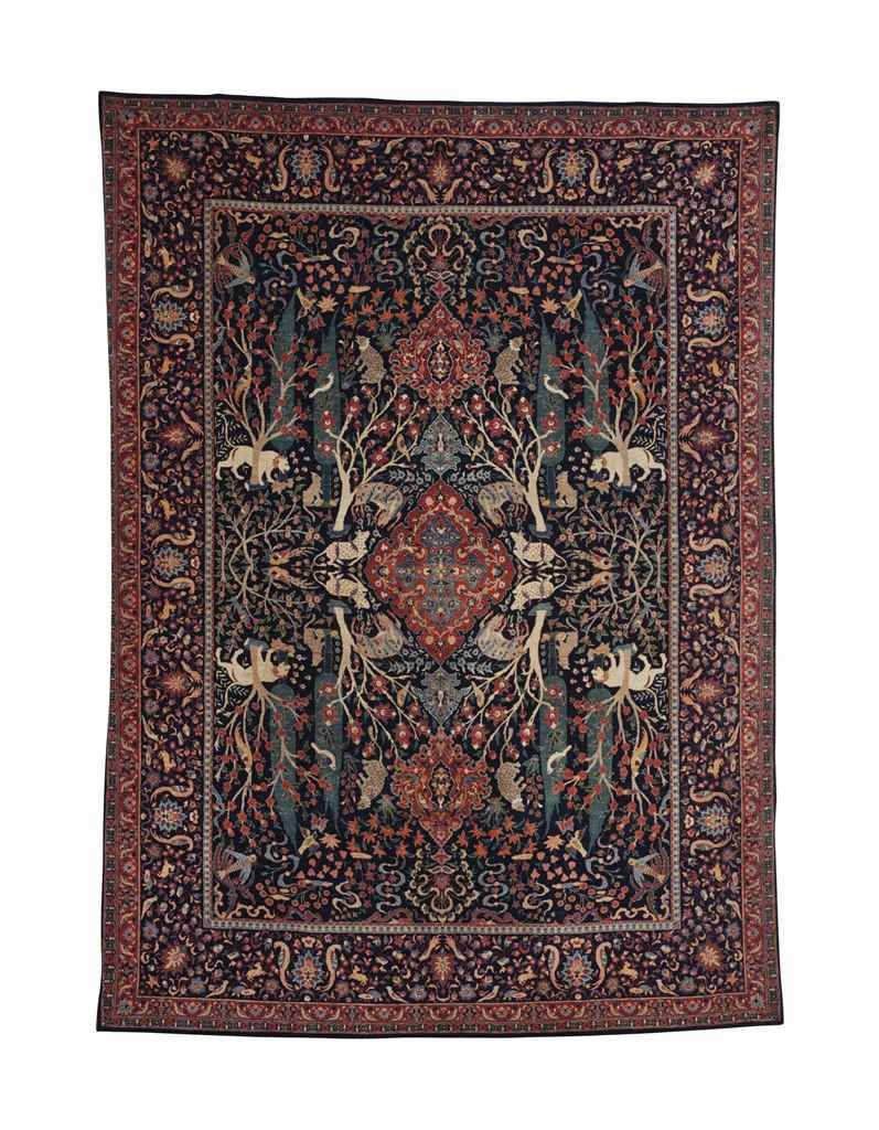 Isfahan Carpet Central Persia Circa 2000 Approximately 13 Ft 4 In X 9 Ft 9 In 406 Cm X 297 Cm Carpet Persia Rugs On Carpet