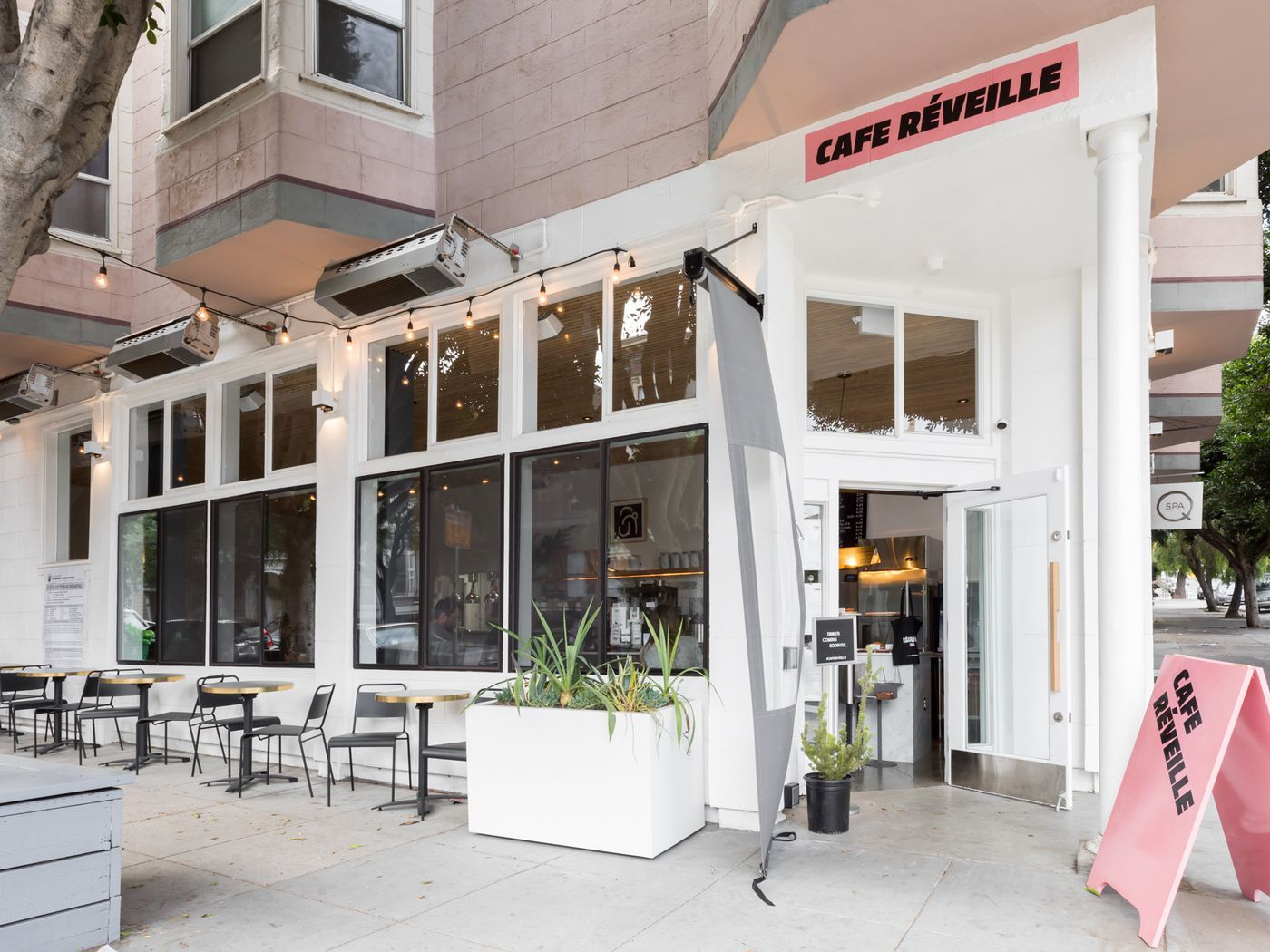 16 San Francisco Coffee Shops With Free Wifi And Legit Food San Francisco Coffee Shop San Francisco Coffee Best Restaurants San Francisco