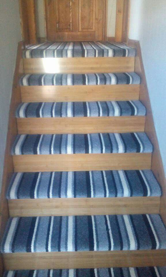 Striped Stairs Carpet With Laminate Stairways