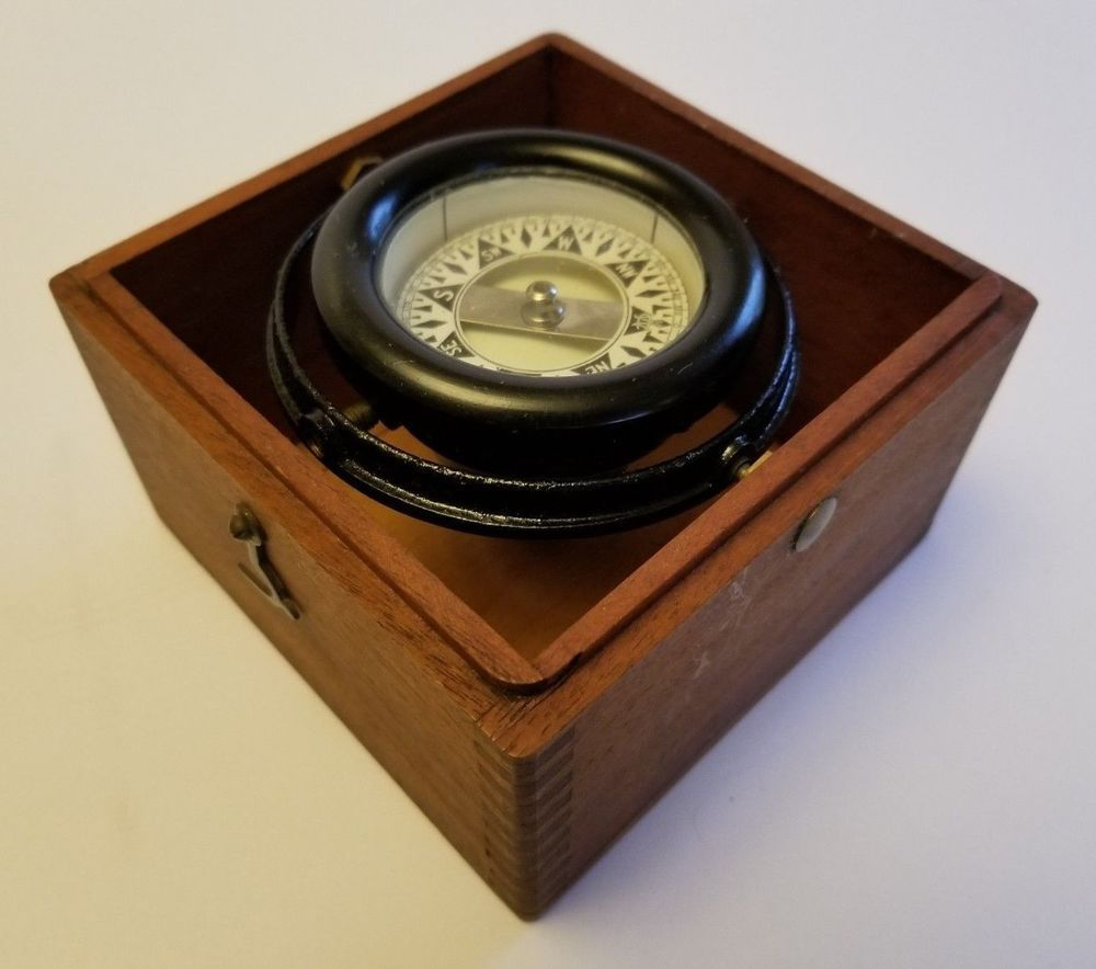Vintage 1940 S Wilcox Crittenden Co Nautical Compass In Wooden Box Fully Working Wilcoxcrittendenco Vintage Antiques Ebay Antiques
