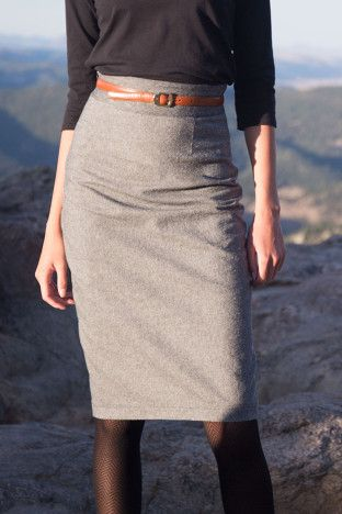 A pencil skirt you can actually walk in! Pleated Pencil Skirt Sewing ...