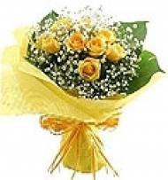 Flower Bouquet Yellow for Chennai delivery. Fast and same day home delivery to Chennai. Here you can find all types of gifts to Chennai delivery.  Visit our site : www.chennaiflowers.com/flowers/type/flowers-bouquet-delivery