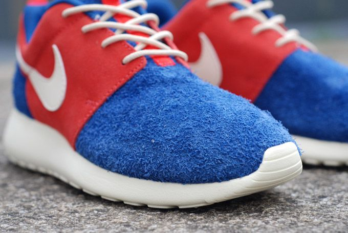 online store 72fa1 83626 Nike Roshe Run - Pre-Montreal. The blue reminds me of the Cookie Monster or  Grover.