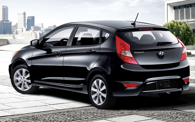 2012 Hyundai Accent Hatchback Rear View