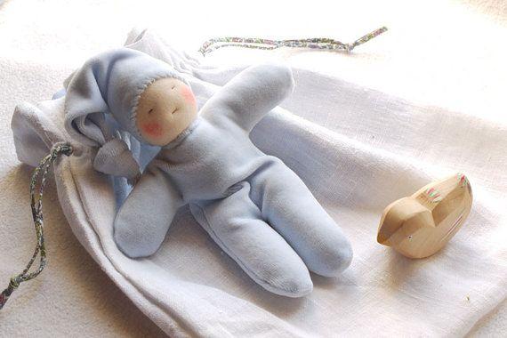Cadeau de naissance Waldorf ensemble de jouet par MainsDeLaine