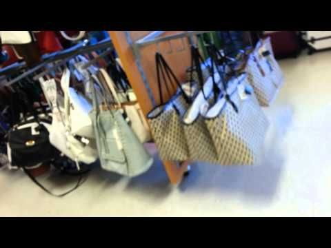 d05cd6d7ffa1 OMG Authentic Micheal Kors Purses at Ross for less than  70 ( Quick Walk  Through) - YouTube
