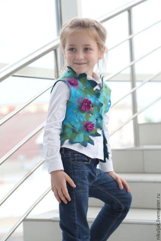 Одежда для девочек, ручной работы. Ярмарка Мастеров - ручная работа. Купить Жилет валяный для девочек purple azalea. Handmade. Комбинированный
