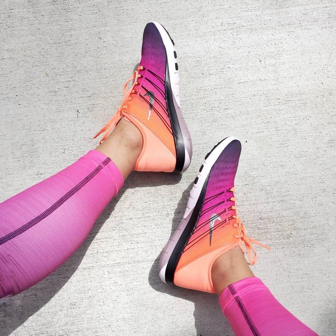 hot sale online 08f84 47194 Nike Free TR 6 Spectrum Womens