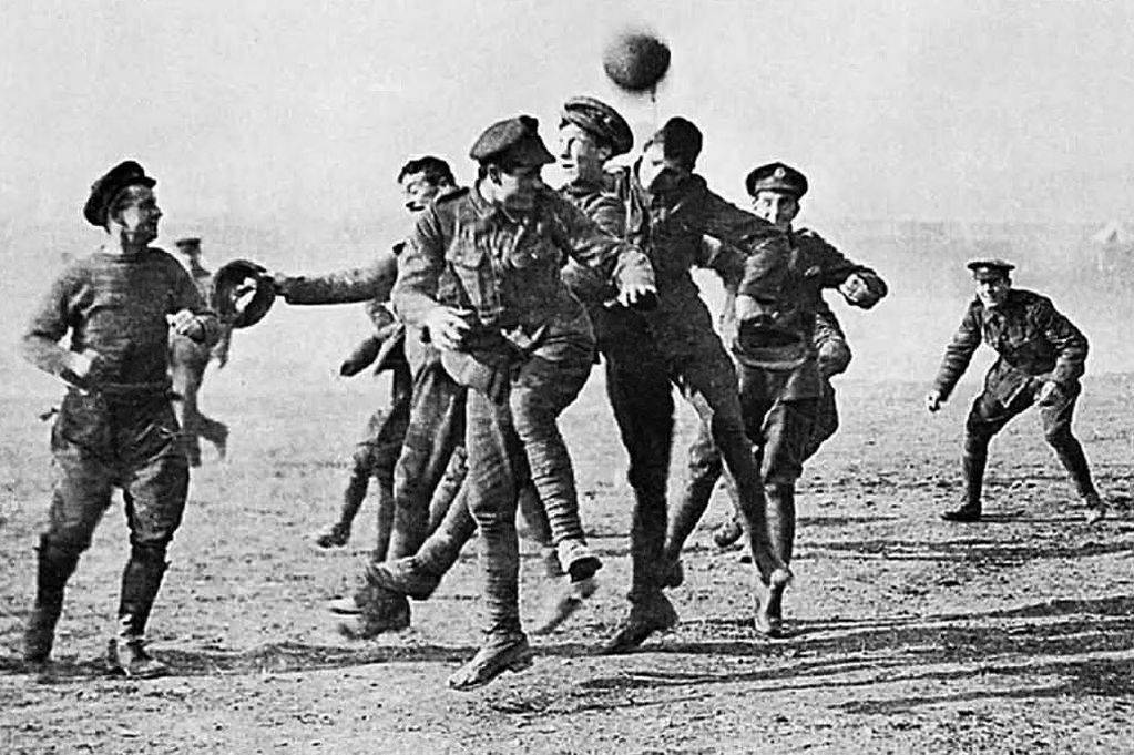 footballremembers 100 years since the First World War Christmas ...