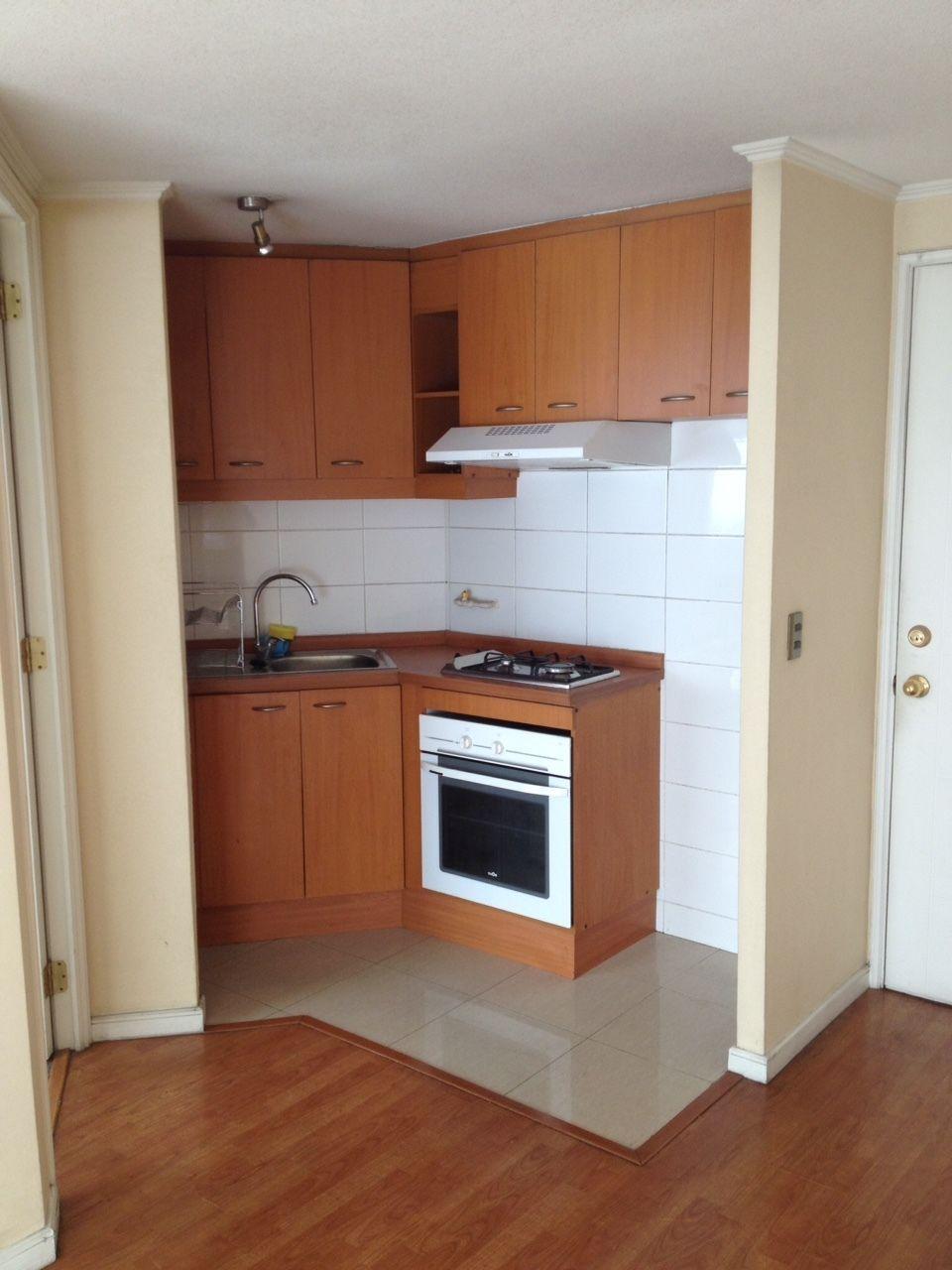Departamento de un dormitorio con ba o pieza con closet for Cocinas pequenas de departamentos