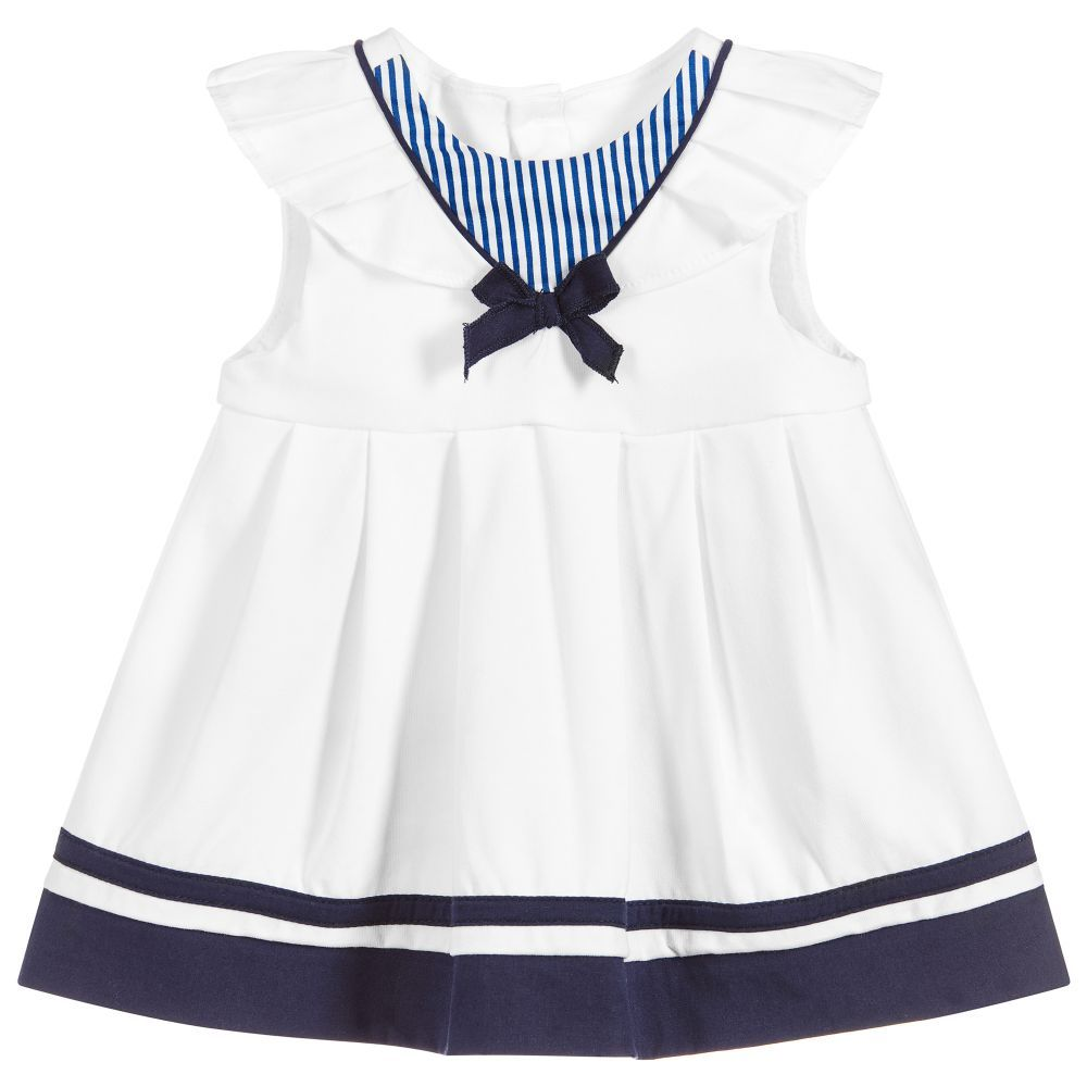51e3d0c0590a With its delightful nautical look