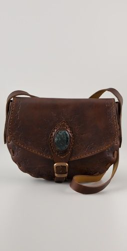 Love this bag with the stone detail by Bolsa Mediana