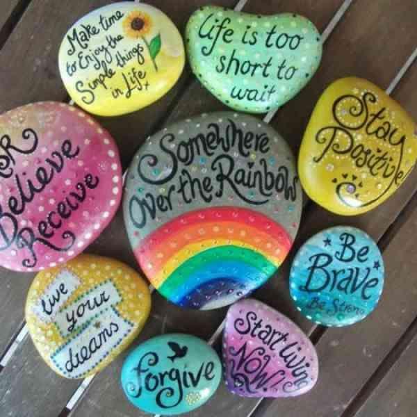 Bemalte Steine - Ihre Zeit für kreative Beschäftigungen - Archzine.net #steinebemalenvorlagen