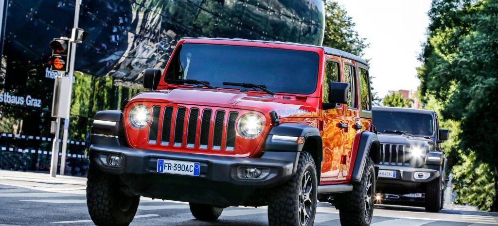 El Exito Del Suzuki Jimny Convence A Jeep Para Fabricar Un 4x4 Low Cost Jeep Jeep Wrangler Jeep Wrangler Rubicon