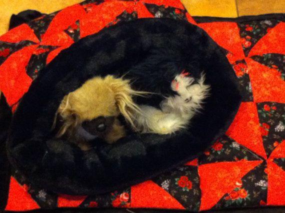 SNUGGLE SACK Sleep Mat set medium 22X24 Faux Fur & by FortunesPet, $39.99