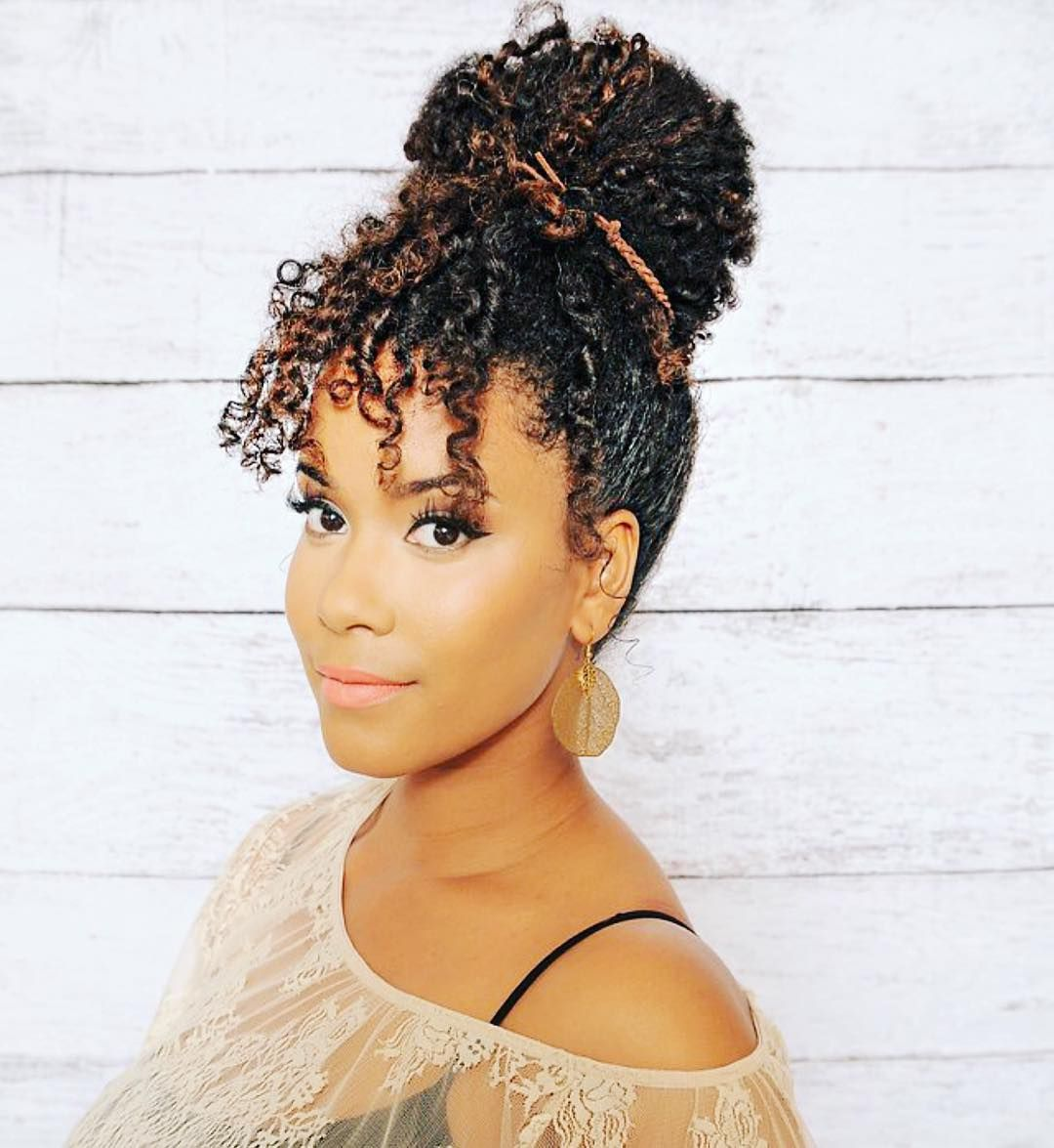 Curly Bun W Faux Bangs Curly Hair Styles Naturally Natural Hair Styles Curly Hair Photos