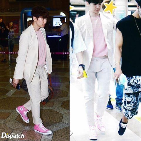 [160615] 2pm ✈️ Osaka-Japan Junho's fashion sense 💕💕 #2pm#junho#wooyoung#chansung#junk#taecyeon#nichkhun#이준호#준호#장우영#찬성#김민준#옥택연#닉쿤#galaxyof2pm#2pmtour2016#2pmforever#jyp#jypnation#jypjapan