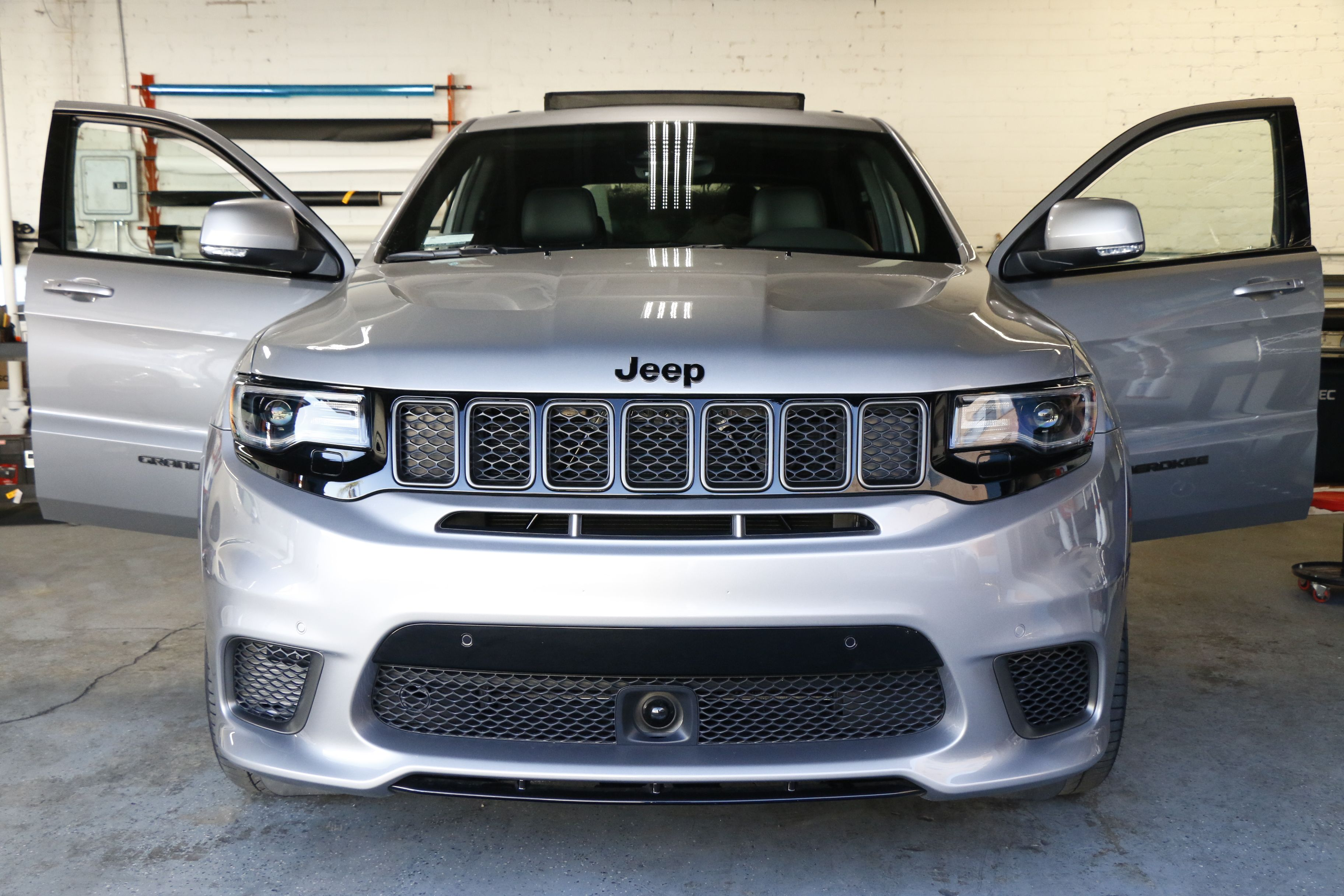 2018 Jeep Grand Cherokee Trackhawk Stratos Window Tint Window Tint Z Los Angeles California Jeep Los Angeles Tinted Windows