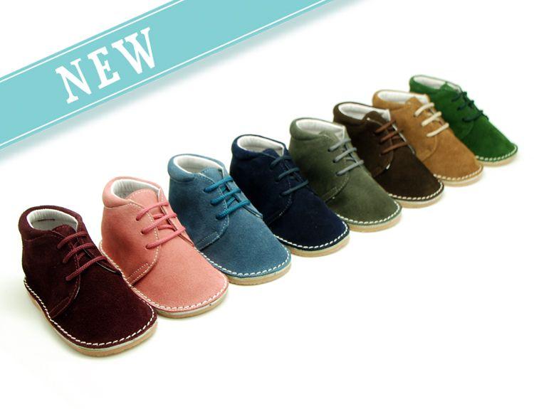 2e021ae1583 Tienda online de calzado infantil Okaaspain. Pisakkas de serraje con  cordones y suela flexible. Calidad y buen precio hecho en España.