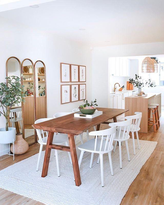 A Great Dining Room Idea: Use A Rug
