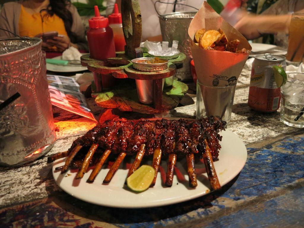 Naughty Nuri's Warung - Batubelig, Bali, Kerobokan - Restaurant Reviews -  TripAdvisor