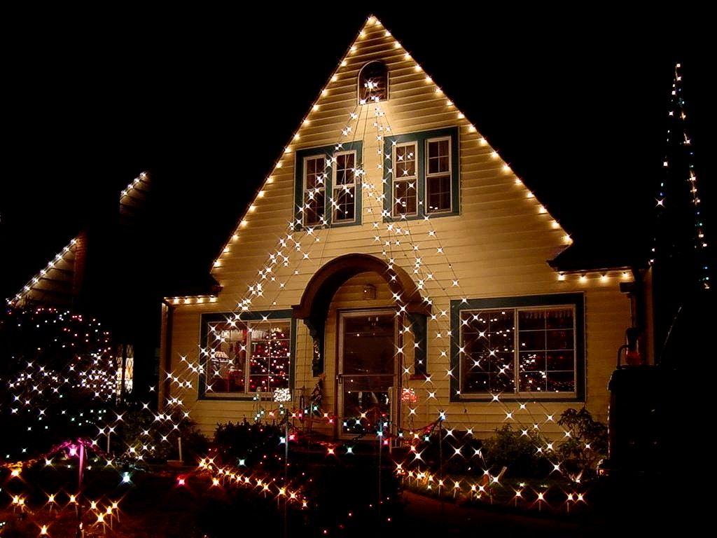 Decora la fachada de tu casa con luces estas navidades http://icono ...