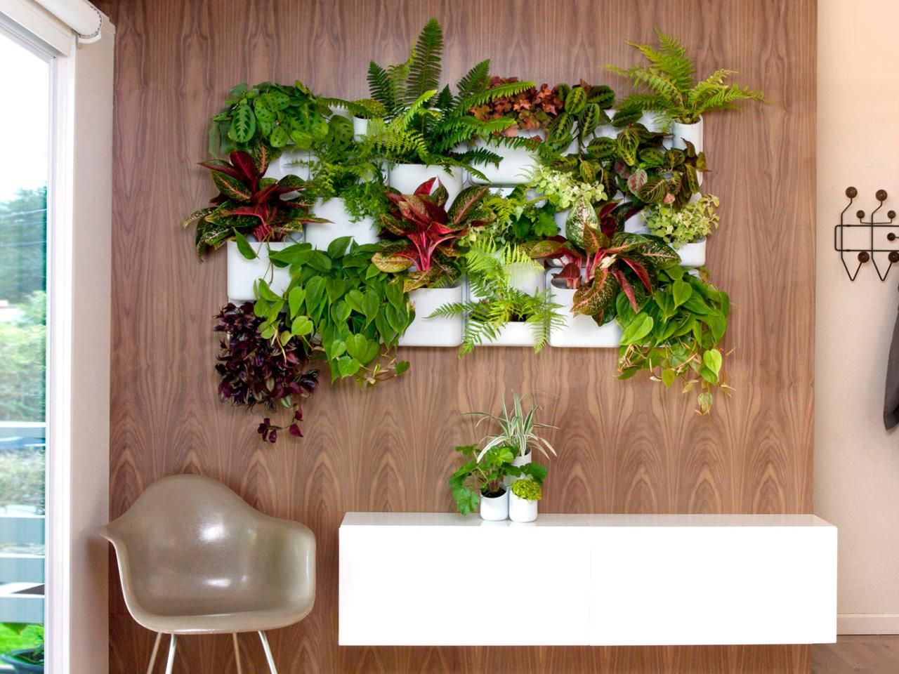Exceptional Urbio Big Happy Family Wall Planters : Patio, Lawn U0026 Garden Perfect For  Your Tiny House Or Apt.