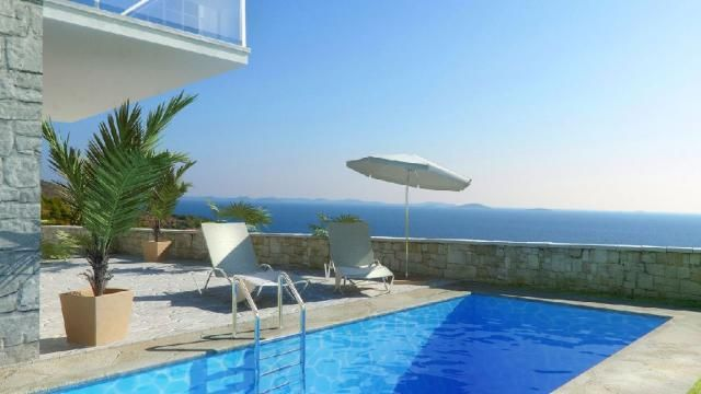 Luxusvilla auf der Insel Murter in Kroatien › Immobilien
