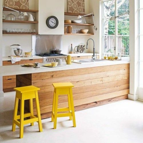 küche aus holz einrichtung arbeitsplatte spüle insel hocker   haus ...