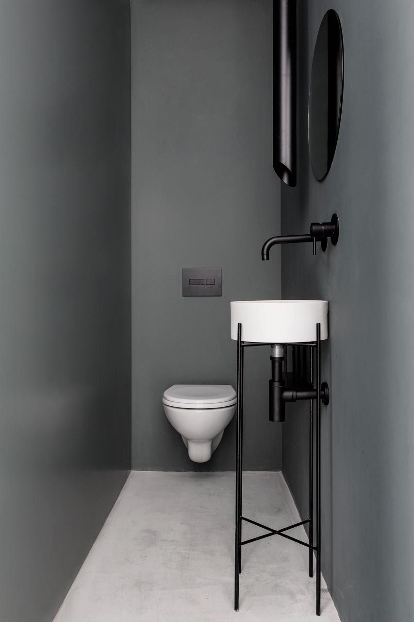 Monochromatic apartment  MYH  Bathroom nel 2019  Bagno