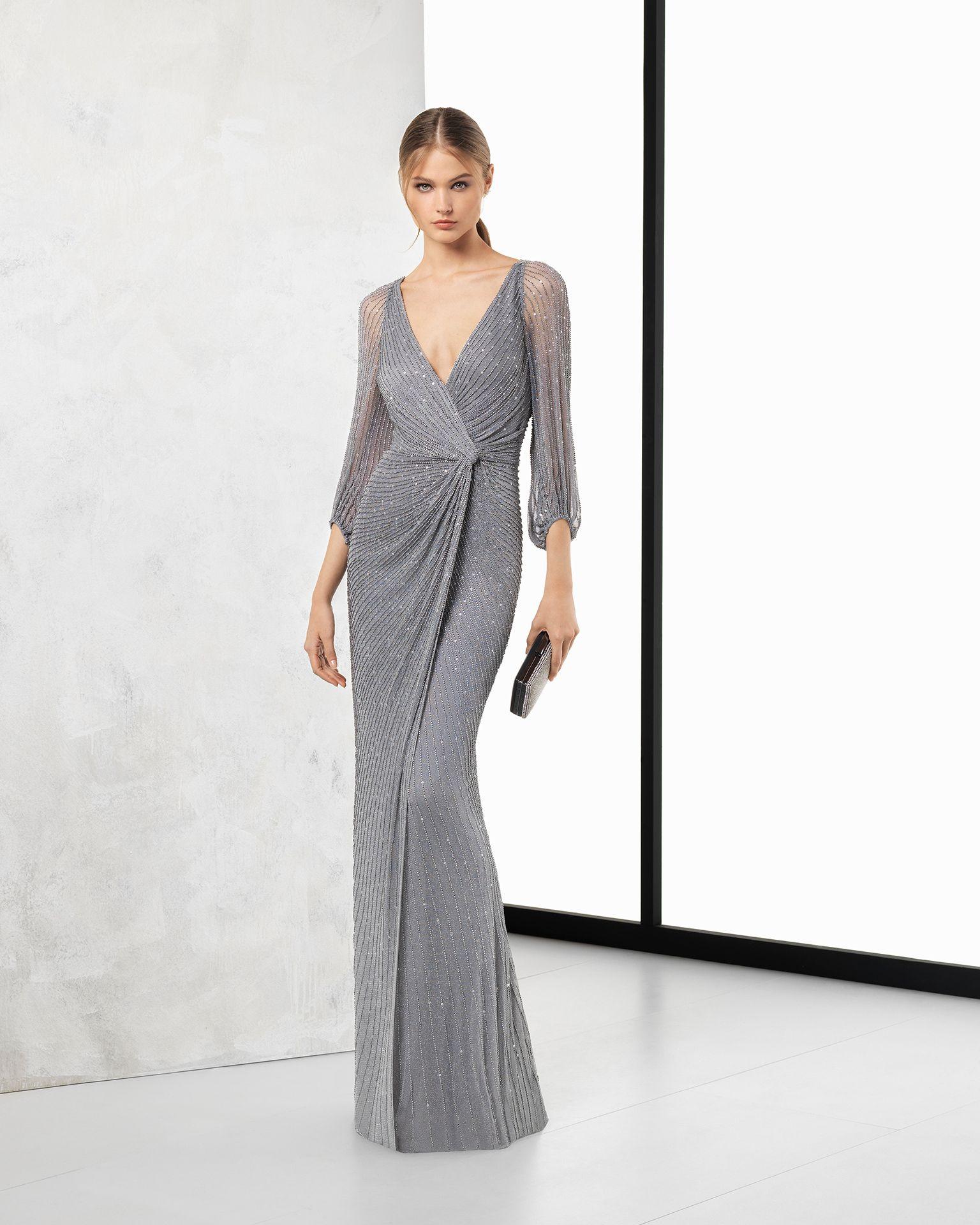 Vestidos de noche en color plata