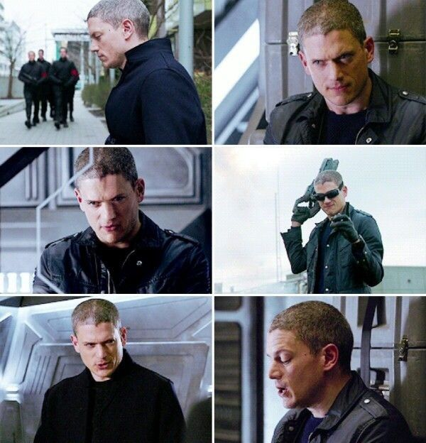 Captain Cold Aka Leonard Snart Played By Wentworth Miller