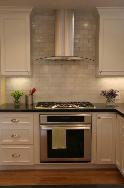 nice hood and backsplash Kitchens Pinterest Construction