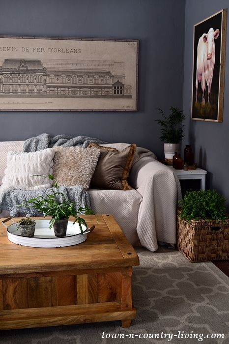Photo of How Paint Adds Warmth to My Family Room – Town & Country Living