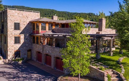 Pin By Engel Volkers Montana On Homes By Engel Voelkers Montana Homes House Styles Real Estate