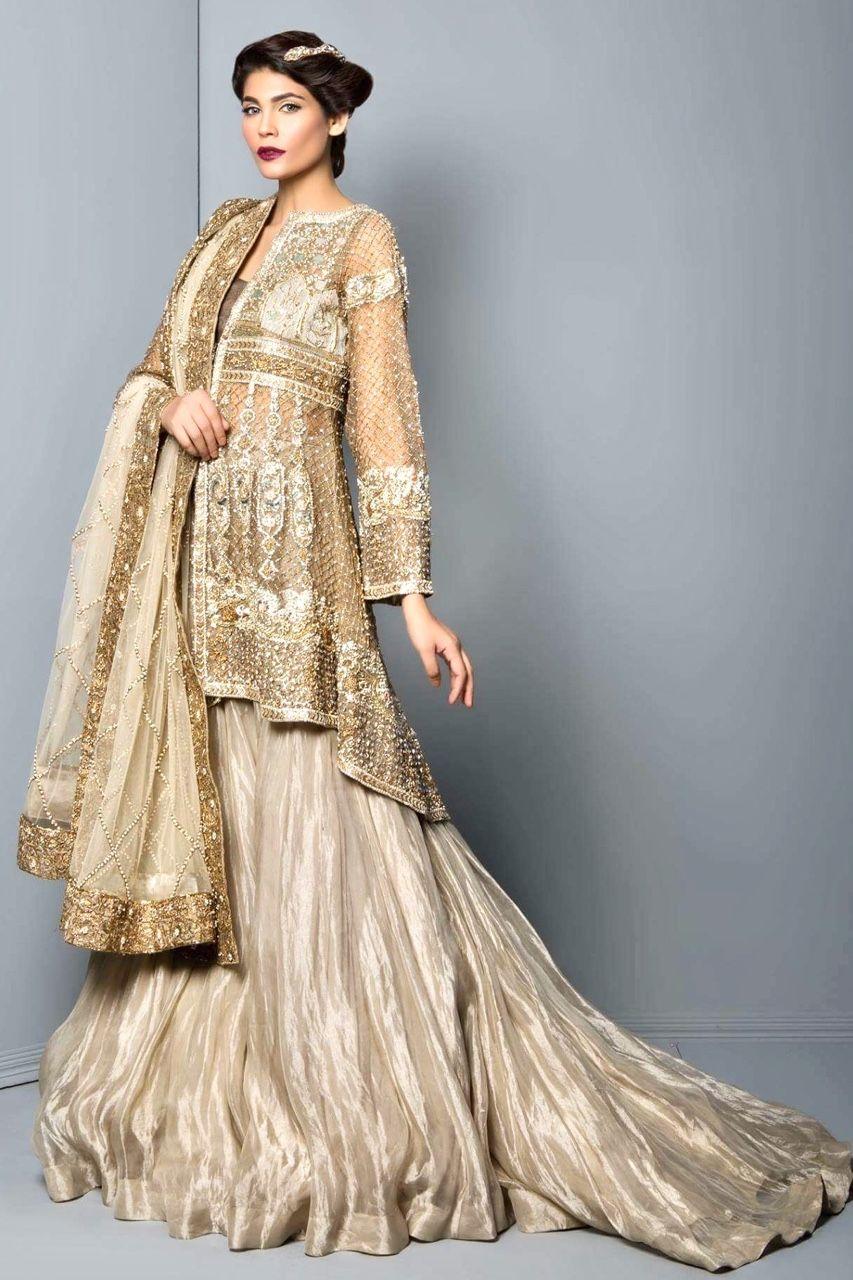 Pakistani couture Sania Maskatiya, August Dream, Fall 2016 ...
