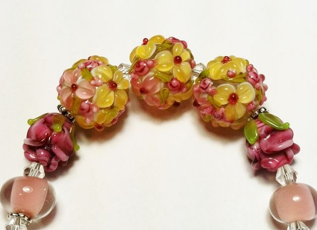 * Pineapple Bouquet & Roses Handmade Lampwork Glass. Starting at $5 on Tophatter.com!