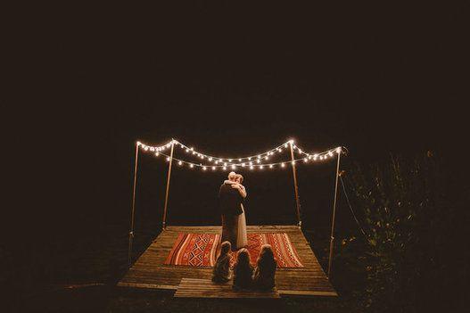 Photographier un mariage est un art, et ces clichés en sont la preuve irréfutable.  Lundi dernier, JuneBug Weddings présentait les 50 gagnants de son palmarès annuel des