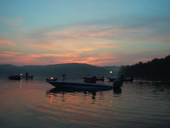 Beautiful morning on Table Rock Lake waiting for our flight to send off at fishing tournament.